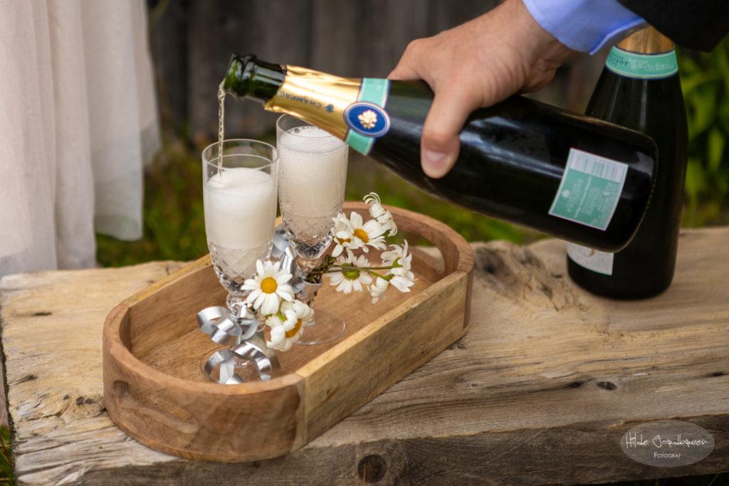 Champagne møter seterlivet