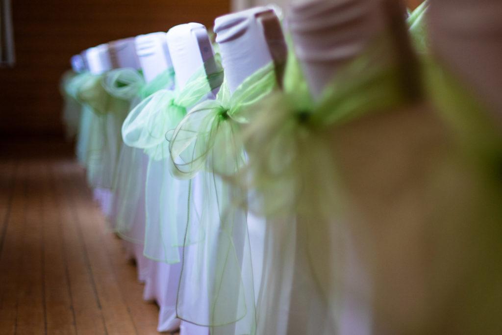 Nydelige stoltrekk i hvitt og grønt