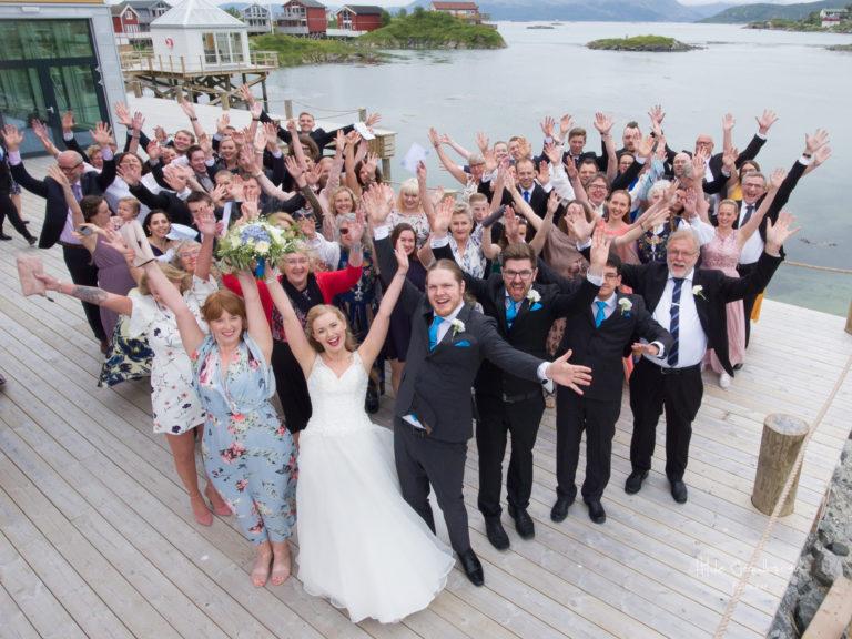 Farvel til gjester og brudepar!