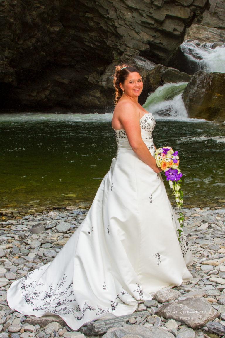 Fotografering av brudepar i juvet