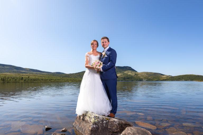 Flaksjøen er en av mange muligheter om man ønsker bilder med fjellvann